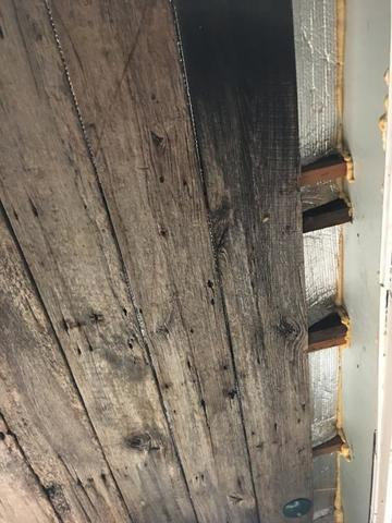 Barnwood Ceiling Allows Air Infiltration